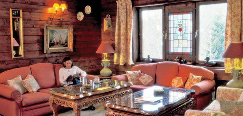Hotel Alpenkrone, Filzmoos, Austria - lounge 2.jpg